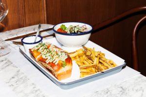 18 Lobster Bar