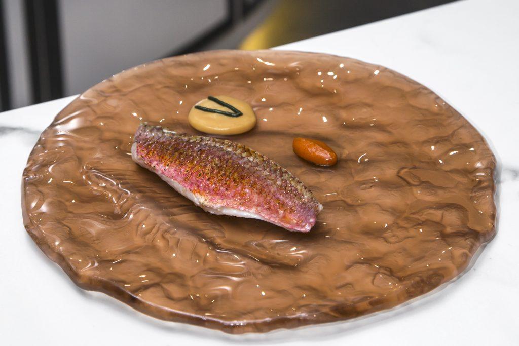 Plateselector - Salmonete pilpil con naranja del restaurante Gaytan de Madrid