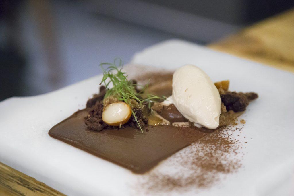 Plateselector - Postre de chocolate del restaurante Gaytan de Madrid