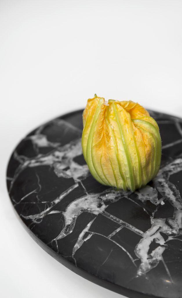 Plateselector - Flor y risotto con calabacín del restaurante Gaytan de Madrid