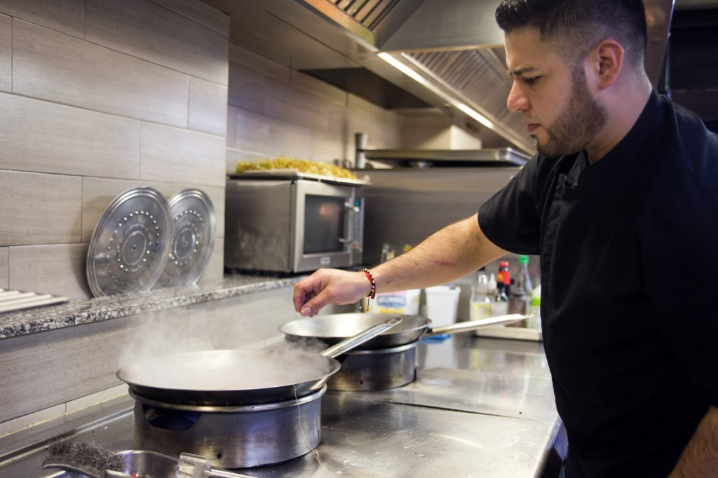 Plateselector - Cocina del Restaurante Q'Tomas de Valencia