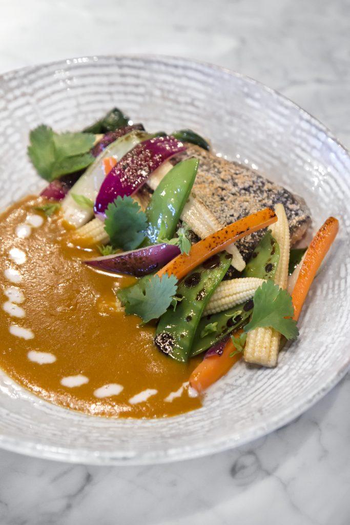 Plateselector - Pescado con curry del Restaurante Pedegrú de Madrid