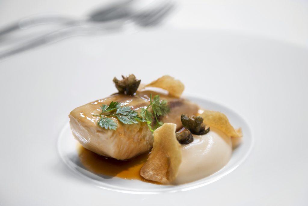 Plateselector - Esturión a la grenoblesa del Restaurante Santerra de Madrid