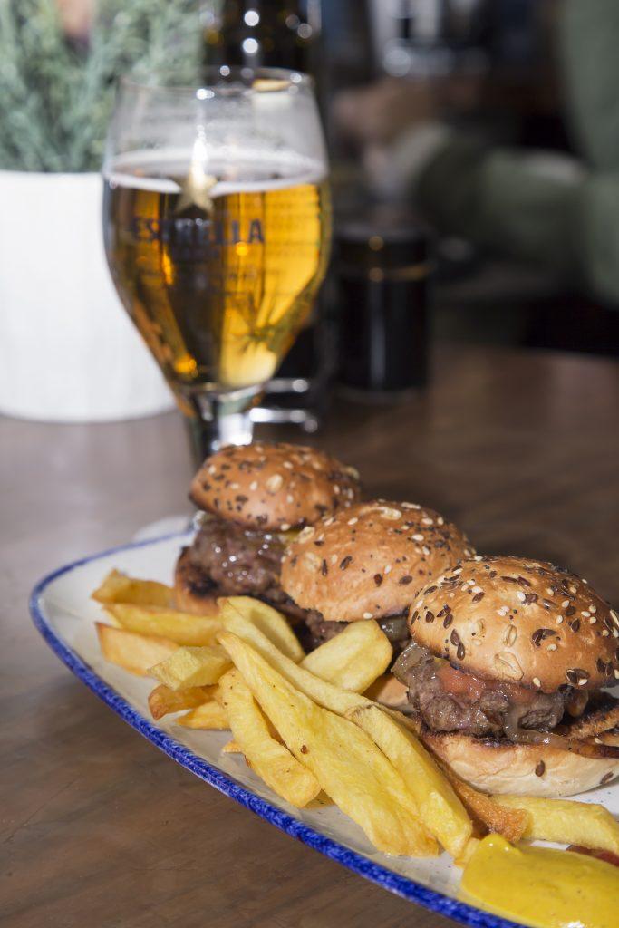 Plateselector - Mini hamburguesas del Restaurante Escondite de Villanueva de Madrid
