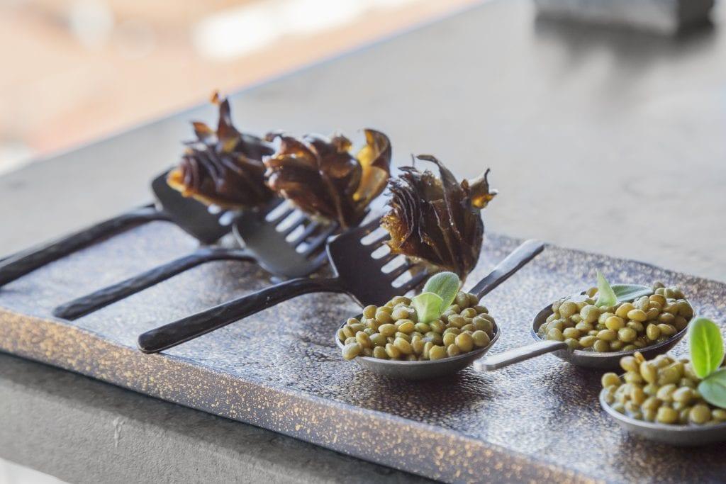Plateselector - Alcachofas y ensalada de lentejas del Restaurante My Way Sky de Madrid