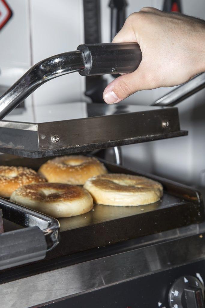 Plateselector - Cocina del Restaurante Mr Bagel de Madrid