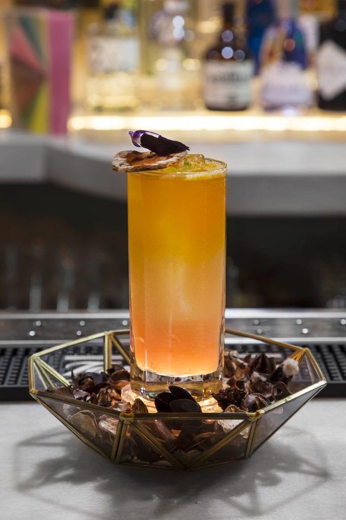 Plateselector - Mumbai de la coctelería Easy bolo by 33