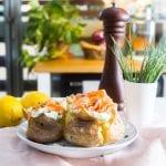 Patatas rellenas de salmón ahumado Royal